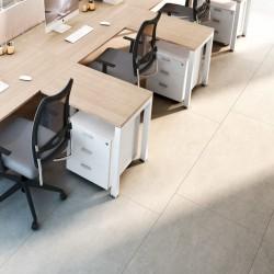 Retours de bureau sur une ligne de postes. Les retours sont compatibles avec les extensions de bureau.